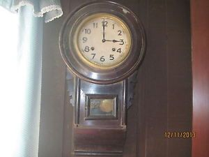 Antique Vintage 8 Day Pendulum Chime Regulator Wall Clock with Key Works