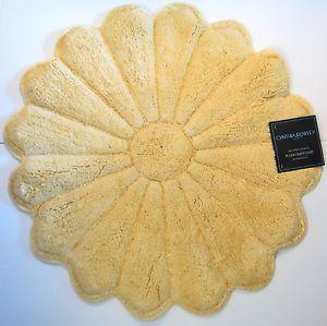 Cynthia Rowley Flower Shaped Plush Bath Mat Rug 28 Quot Rd