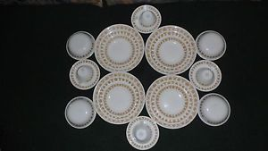 24pc Corelle Butterfly Gold Dinnerware Set Blowls Plates Cups