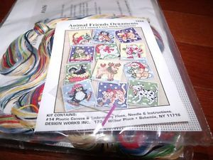 Design Works Animal Friends Christmas Ornaments Cross Stitch Plastic Canvas Kit