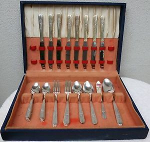 Oneida Wm A Rogers Silverplate Flatware Set Celebrity Wild Rose 1938 Nice