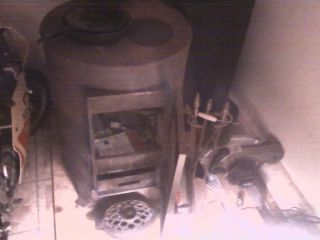 Shenandoah Wood Coal Burning Stove with Exaust Pipes and Roof and Wall Flanges