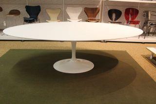 Knoll Saarinen Oval Side Table - Saarinen table 96