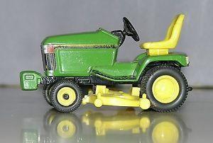 John Deere Toy 445 Lawn Mower Garden Tractor Ertl with Mower Deck