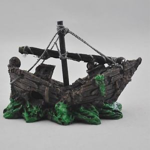 Aquarium Decoration Resin Med Pirate Sunken SHIP Fish Tank Ornament