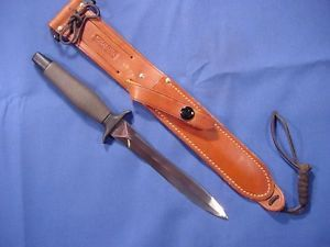 Original and Minty Vietnam Era 1968 Gerber Mark II Combat Knife w 2 Line Sheath