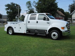 2007 Ford F 650 XLT Crew Cab w Hauler Bed Cat Turbo Diesel Only 56K