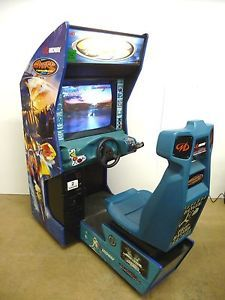 Hydro Thunder Boat Racing Arcade Game by Midway