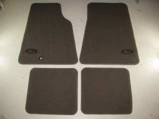 2000 2001 2002 2003 2004 2005 Ford Crown Victoria Carpeted Floor Mats Set of 4