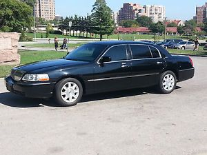 2009 Lincoln Town Car Executive L Sedan 4 Door 4 6L Livery Package Black