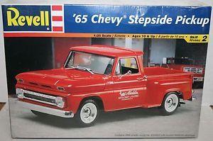 Revell 1965 65 Chevy Chevrolet Stepside Pickup Truck Plastic Model SEALED