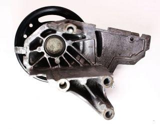 Fan Pulley Mount Bracket 2 8 V6 98 05 Audi A4 A6 VW Passat 078 121 235 G
