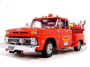 1965 Chevrolet C 20 Fire Truck 1 18 Diecast Car Model