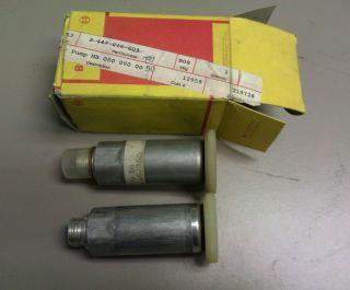 2 Bosch Diesel Primer Pump 0000900050 MB Mercedes Benz 300D