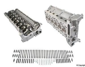 BMW E34 E36 Engine Cylinder Head AMC 11 12 1 748 069 New
