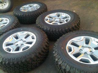"17"" Factory Jeep Wrangler Rubicon Wheels Rims Tires Mud Terrain BFGoodrich"