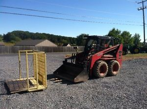 Thomas T103 Skid Steer Loader w Kubota Diesel Engine