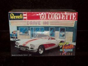 Revell 1960 Chevrolet Corvette Car Model Kit