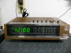 Vintage Panasonic FM Am 2 Band Electronic Clock Radio Model RC 6050
