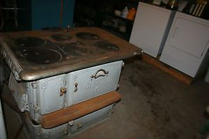 Vintage Wood Cooking Stove with Oven