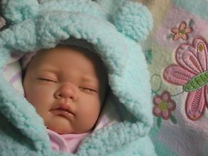Sleeping Sophia Baby Girl Reborn Doll Sculpt by Nines D'Onil New Clothes Blanket