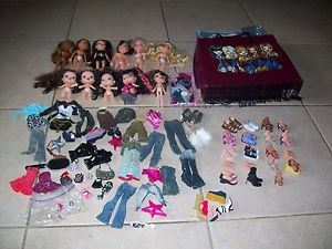 Lot of Bratz Boy Girl Baby Teen Clothes Accessories Dolls Case Feet Shoes Brats