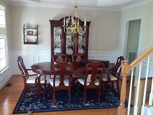 http://img0121.popscreencdn.com/181336823_bassett-dining-room-set-100quotx42quot-table-6-chairs-.jpg