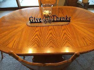 Beautiful Oak Sunburst Claw Foot Dining Table And Chairs - Claw foot oak dining table