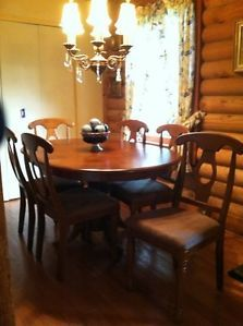 New Solid Wood Dining Room Table 6 Chairs with Leaf Asheville Area PU Only