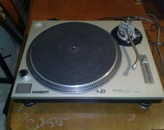 Technics 1210 MK2 Turntable DJ Equipment Vestax Panasonic Technics 1200