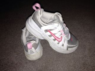 Toddler Girl's Size 11 White Pink Nike Tennis Shoes Athletic Preowned
