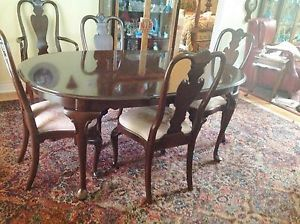 Ethan Allen Georgian Court Oval Dining Room Table 6 Chairs Cherry w Pads