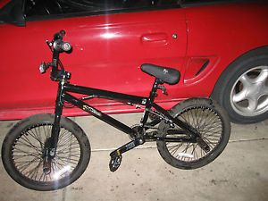 XG3 x Games Mat Hoffman Edition BMX Bike on PopScreen
