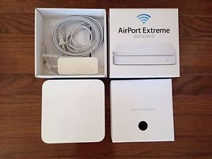 Apple AirPort Extreme 54 Mbps 3 Port Gigabit Wireless N Router MC340LL A