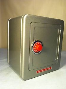 Childrens Toy Metal Safe Bank w Combination Lock and Coin Slot Still Bank