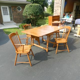 Nice Vtg Tell City Chair Co 1900 1950's Maple Drop Leaf Table and 4 Chairs