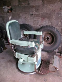 Antique Koken Barber Chair Model 520B Working Hydraulic Lift No Reserve