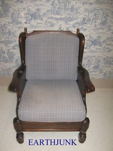 Ethan Allen Club Chair Antiqued Old Tavern Pine Framed Removable Cushions 7621