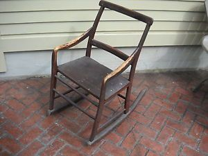 1820 Native American Indian Squaw Chair Carved One Piece Construction
