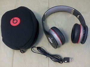 Monster Beats by Dr Dre Wireless Bluetooth Headphones
