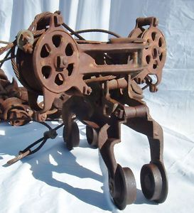 Antq 3 PC Cast Iron Industrial Hay Trolley Carrier Block Tackle Pulley Barn Tool
