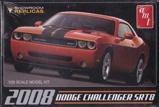 2008 Dodge Challenger SRT8 AMT 1 25th Plastic Model Kit 615