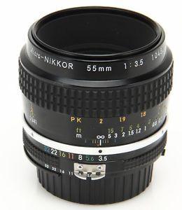 Nikon Micro Nikkor 55mm F 3 5 Manual Focus AI Lens w Caps