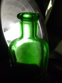 Old Medicine Bottle Emerald Green Moone's Beautiful Emerald Green Nice Color