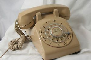 Bell System Beige Rotary Dial Telephone Western Electric 500 Desk Phone Vintage