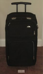 Samsonite Black Luggage Travel Bag Spinner Wheels 700 Series 2 Shelf System