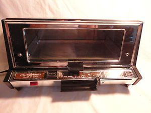 Vintage GE General Electric Deluxe Toast R Oven Toaster Retro Chrome