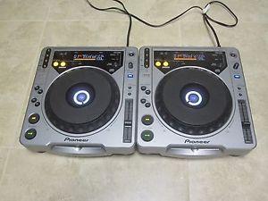 Pair of Pioneer CDJ 800 MK1 CD DJ Turntables