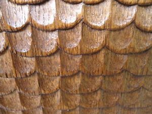 16th 17th Century Gothic Oak Fish Scales Carved Rail
