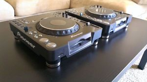 Pioneer CDJ 1000MK2 Turntables with Road Ready Travel Cases